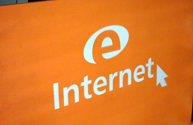 Czy państwo przejmie internet?